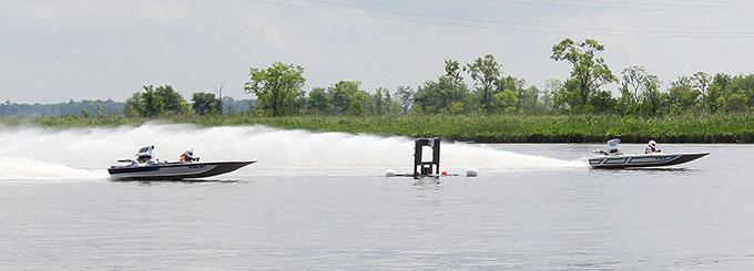 mattaponi madness drag boat race